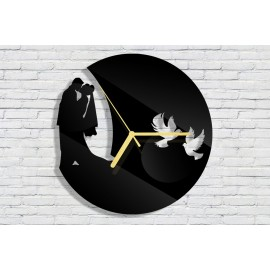 Wedding clock with date